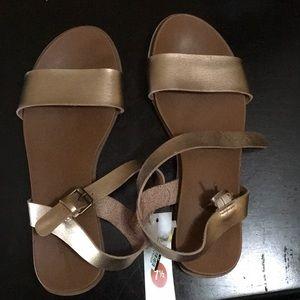 Woman's sandal